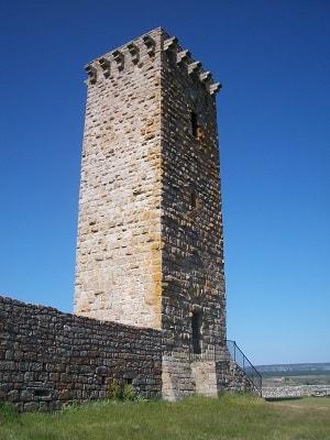 La Garde-Guérin en Lozère (GR700 Voie Régordane, GR72)